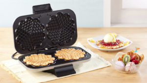 Waffle Maker With Flower Design